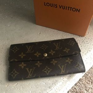 🌺AUTHENTIC LOUIS VUITTON VINTAGE LONG WALLET EUC